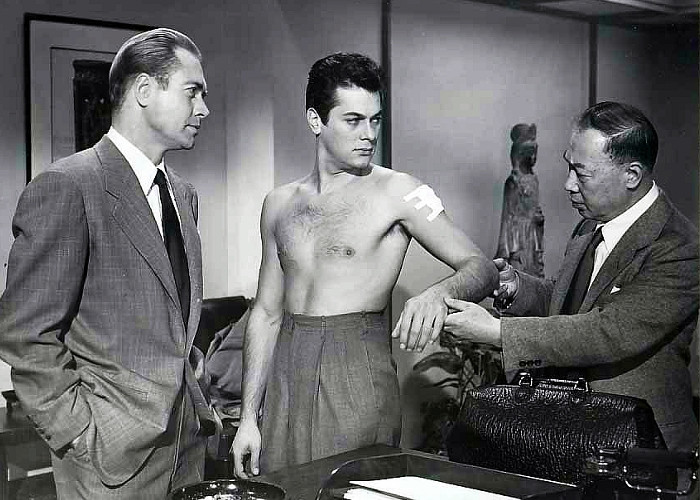 Tony Curtis, Lyle Bettger, and Howard Chuman in Forbidden