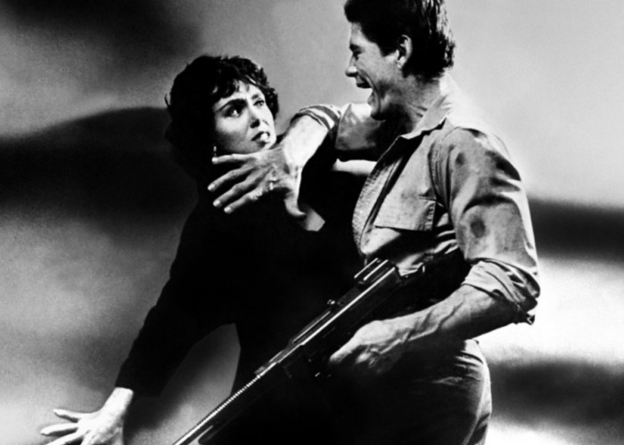 Charles Bronson and Susan Cabot in Machine-Gun Kelly