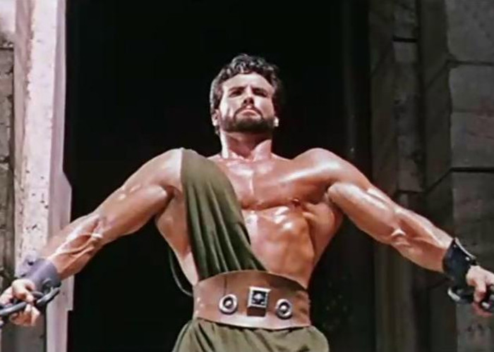 Steve Reeves in Hercules