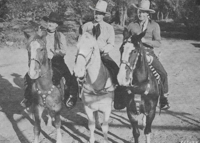 John Wayne, Ray Corrigan, and Max Terhune in Red River Range (1938)