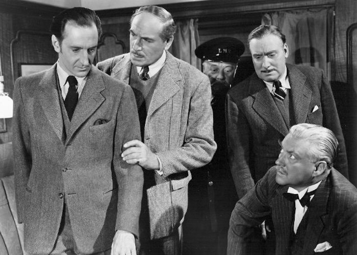 Basil Rathbone, Billy Bevan, Nigel Bruce, Dennis Hoey, and Alan Mowbray in Terror by Night (1946)
