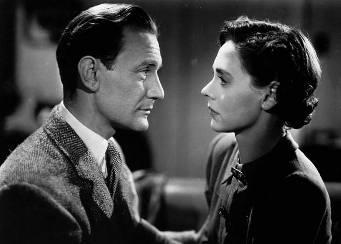 Trevor Howard and Celia Johnson in Brief Encounter (1945)