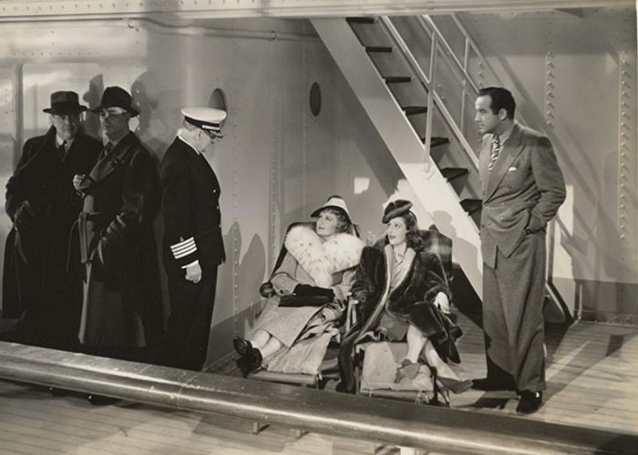 Billie Burke, Broderick Crawford, Granville Bates, and Loretta Young in Eternally Yours (1939)