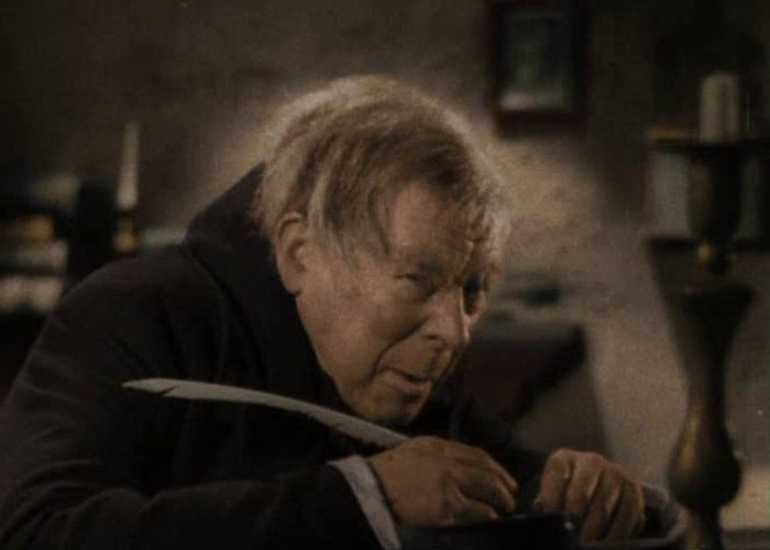 Seymour Hicks in Scrooge (1935)