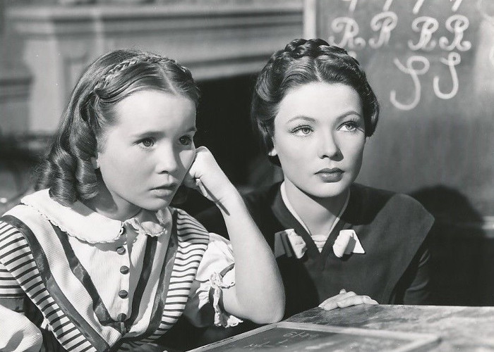 Gene Tierney and Connie Marshall in Dragonwyck (1946)