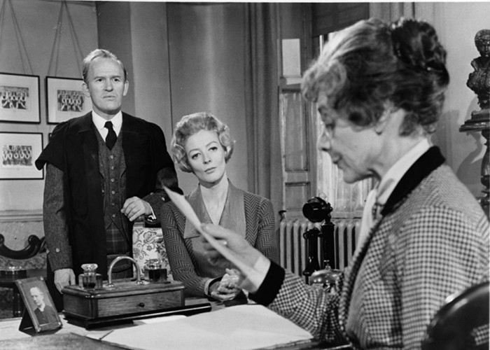 Maggie Smith, Gordon Jackson, and Celia Johnson in The Prime of Miss Jean Brodie (1969)