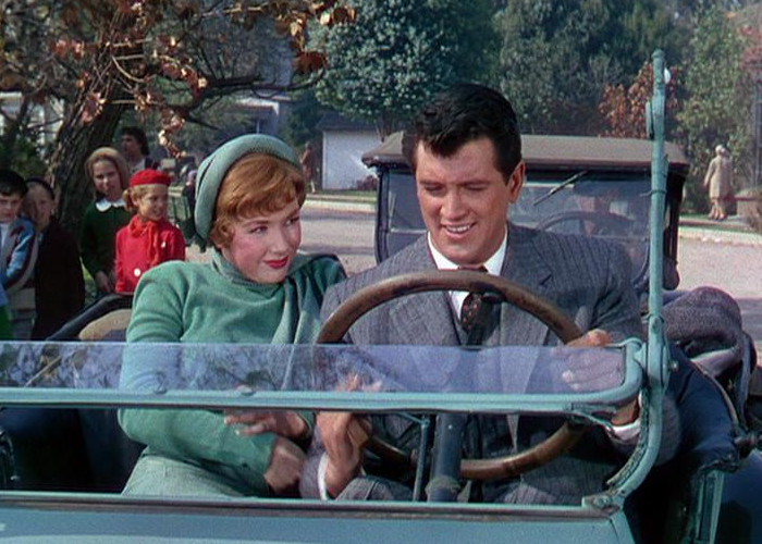 Rock Hudson and Piper Laurie in Has Anybody Seen My Gal (1952)