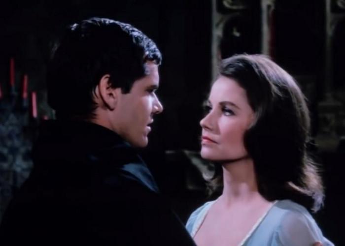 Jack Nicholson and Sandra Knight in The Terror (1963)