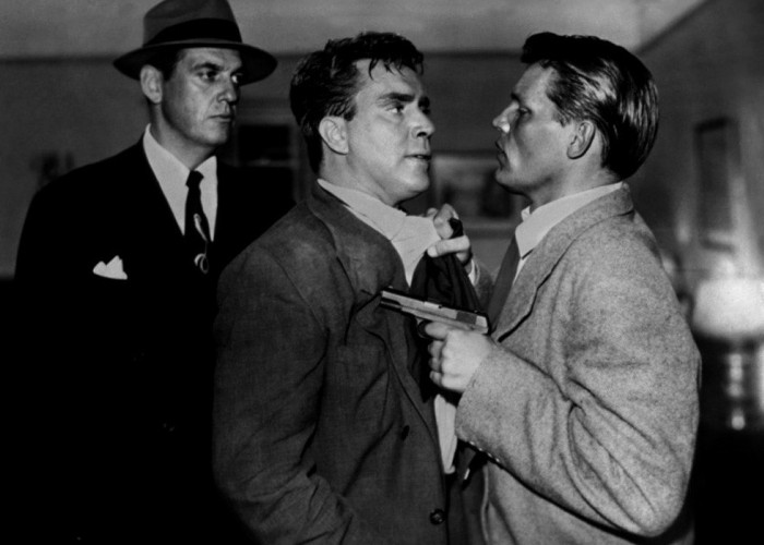 Neville Brand and Edmond O'Brien in D.O.A. (1949)