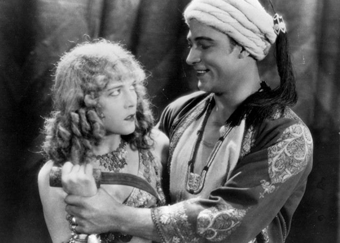 Vilma Bánky and Rudolph Valentino in The Son of the Sheik (1926)