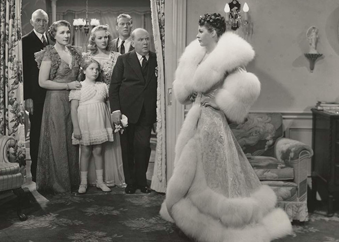 Betty Grable, Nana Bryant, Bonnie Jean Churchill, Martha Raye, and Jack Whiting in Give Me a Sailor (1938)