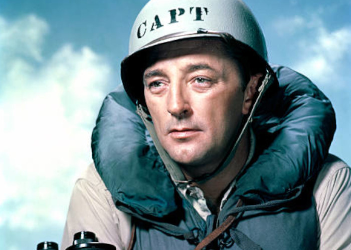 Robert Mitchum in The Enemy Below (1957)