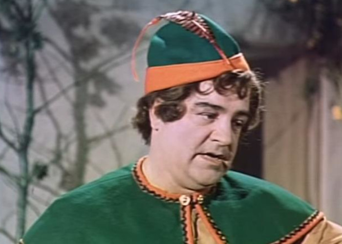 Lou Costello in Jack and the Beanstalk (1952)