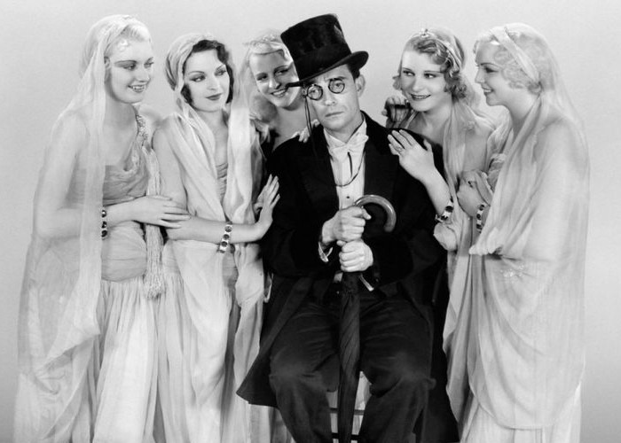 Buster Keaton in Speak Easily (1932)
