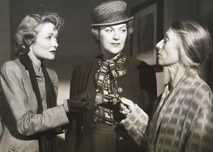 Constance Bennett, Gracie Fields, and Eily Malyon in Paris Underground (1945)