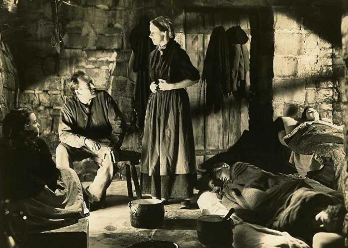 Roman Bohnen, Jennifer Jones, and Anne Revere in The Song of Bernadette (1943)