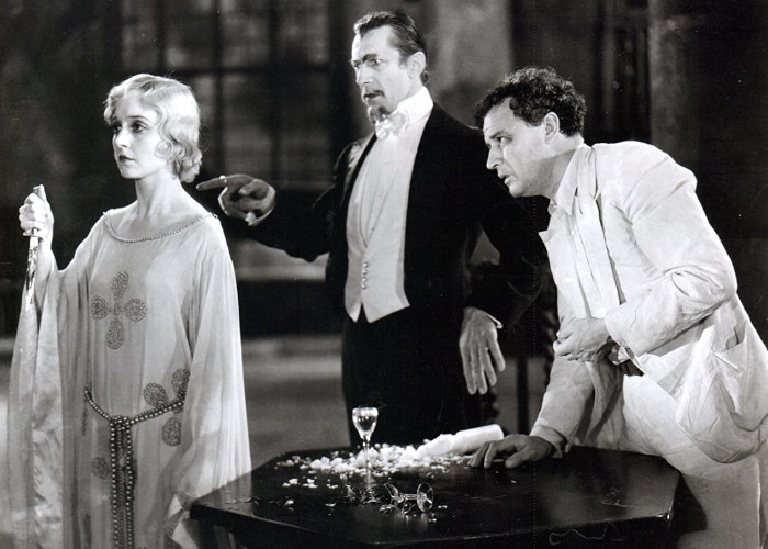 Bela Lugosi, Madge Bellamy, and Robert Frazer in White Zombie (1932)