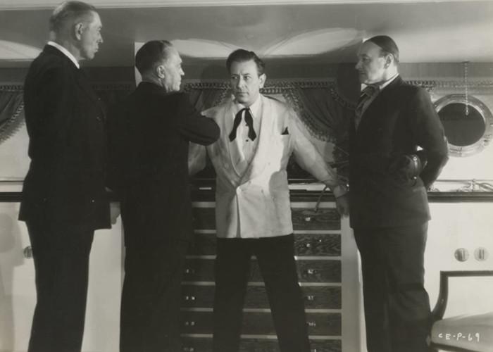 George Raft in Christmas Eve (1947)