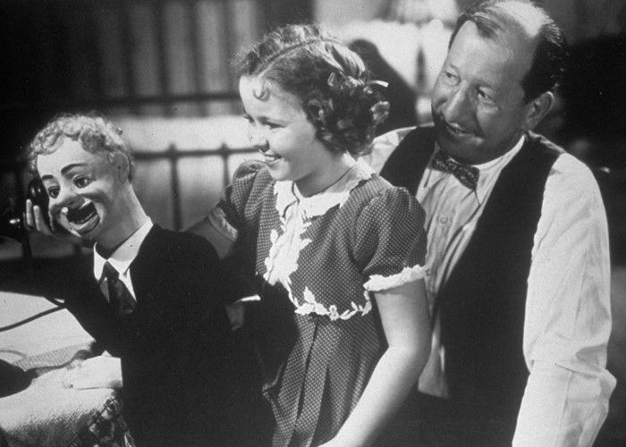 Shirley Temple and Hank Mann in Little Miss Broadway (1938)