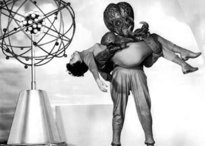 Faith Domergue and Regis Parton in This Island Earth (1955)