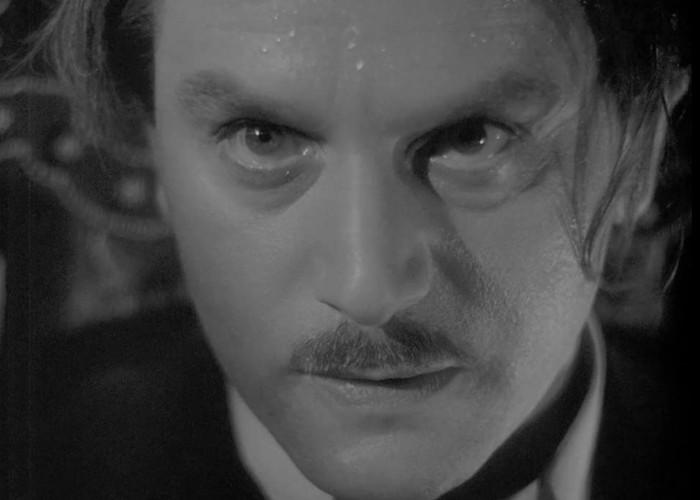 Anton Walbrook in Gaslight (1940)