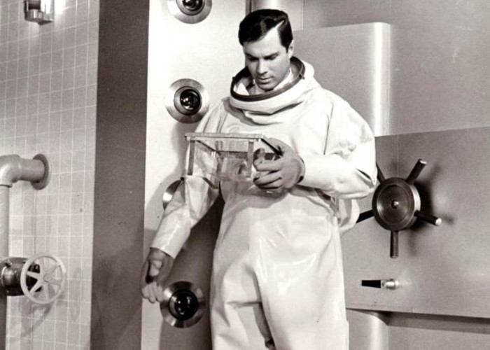 George Maharis in The Satan Bug (1965)