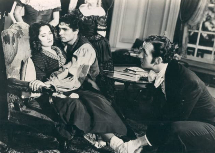 David Niven, Laurence Olivier, and Merle Oberon in Wuthering Heights (1939)