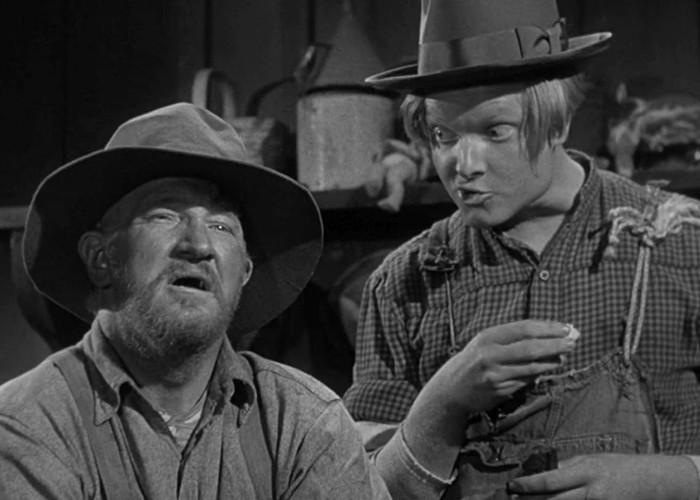 Robert Easton and Joe Sawyer in Comin' Round the Mountain (1951)