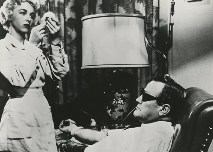 Paul Birch and Beverly Garland in Not of This Earth (1957)
