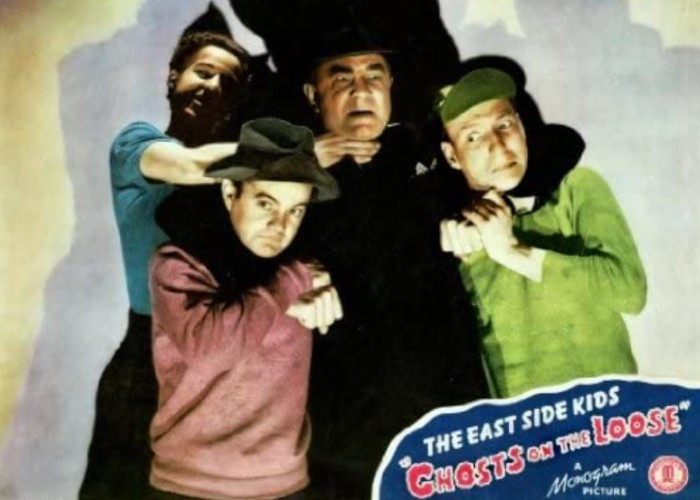 Bela Lugosi, Leo Gorcey, Huntz Hall, and Bobby Jordan in Ghosts on the Loose (1943)