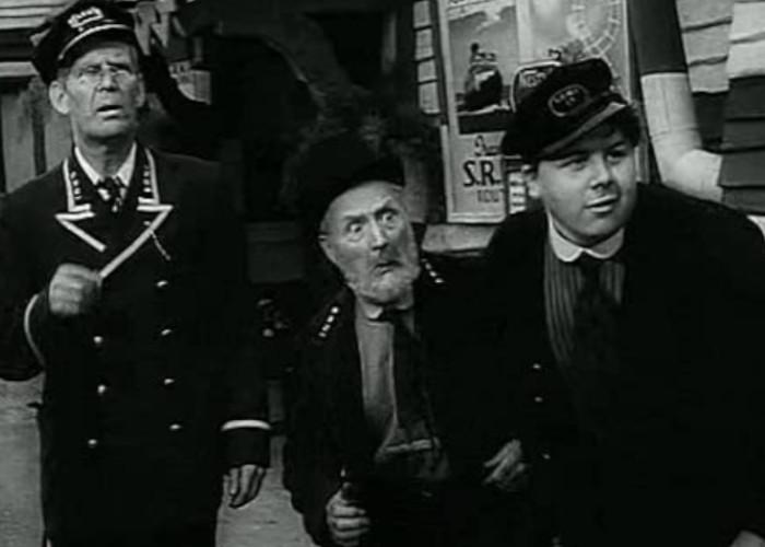 Will Hay, Moore Marriott, and Graham Moffatt in Oh, Mr. Porter! (1937)
