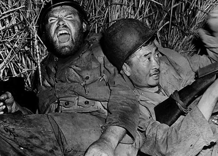 Gene Evans and Richard Loo in The Steel Helmet (1951)