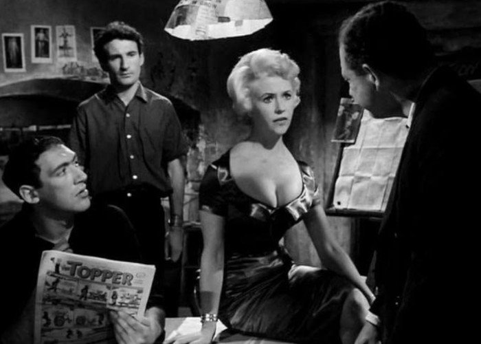 Bernard Bresslaw, Vera Day, Sidney James, and Joe Melia in Too Many Crooks (1959)